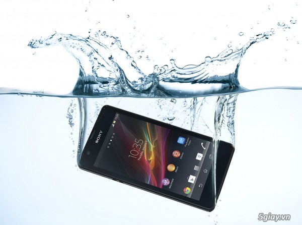 Khả năng chống nước là điểm nhấn của Xperia Z Ultra