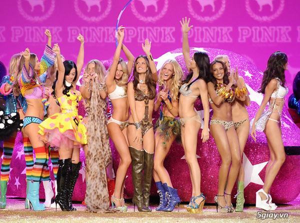 14 sự thật thú vị về Victoria's Secret show 2013 | Congnghe.