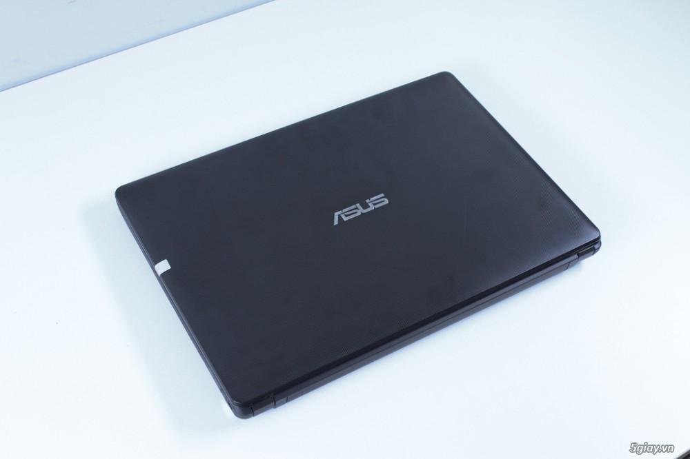 Độ sáng màn hình của Asus X452 cũng khá ổn định