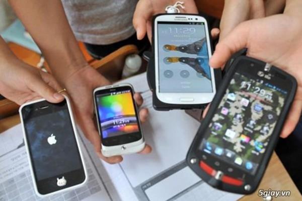 Nghèo cũng cố mua điện thoại thông minh, xài hàng hiệu | Congnghe.