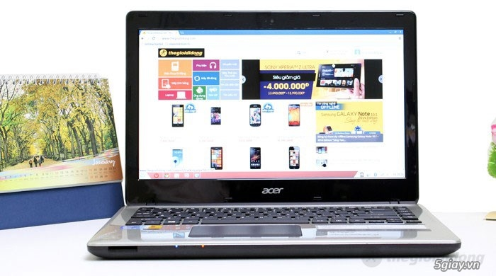 Laptop giá hấp dẫn cho sinh viên mùa tựu trường - 31685