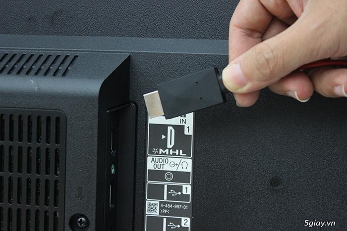 Cách kết nối điện thoại với tivi qua cáp MHL - 42833