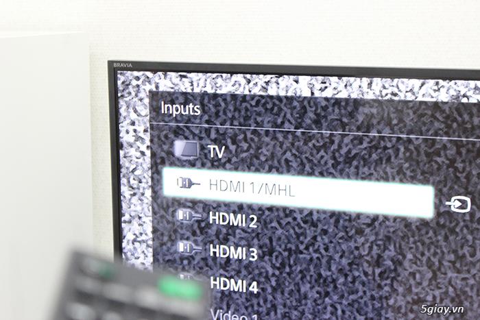 Cách kết nối điện thoại với tivi qua cáp MHL - 42835