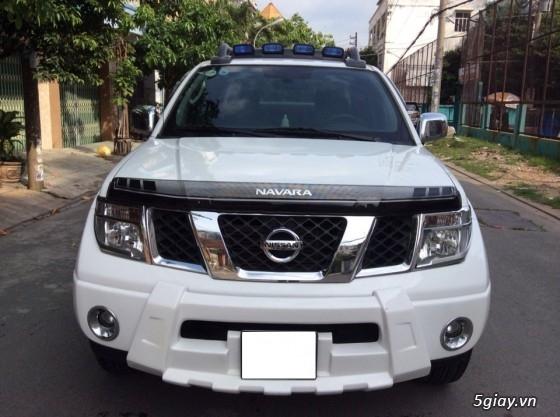 Nissan Navara Số sàn sản xuất 2010. Màu Trắng, Máy dầu 2 cầu điện chạy đằm lợi nhiên