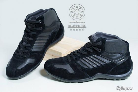 Giày nam nữ VNXK - 14A Núi Thành, P13, Q.Tân Bình