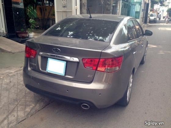 Kia Forte đăng ký năm 2013 màu bạc xe gia đình - 2