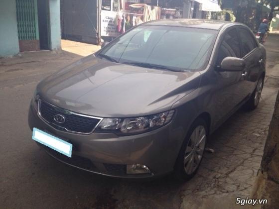 Kia Forte đăng ký năm 2013 màu bạc xe gia đình