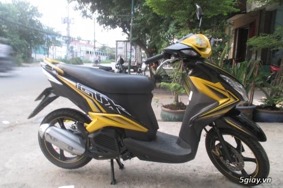 Xe yamaha luvias gtx fi màu vàng đen,hình chụp thật 100%