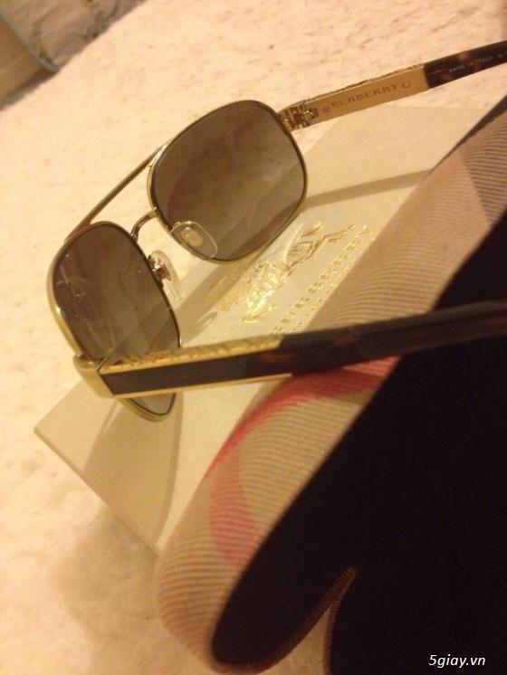 Đồng hồ nike sport, mắt kính burberry, ví móc khóa burberry chính hãng xách tay aus, giá quá tốt ạ! - 5