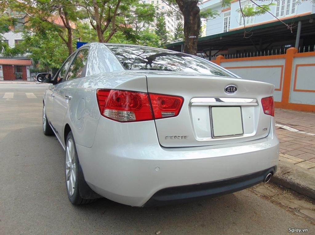 Cần bán chiếc xe Kia Forte Sli 2009 - 1