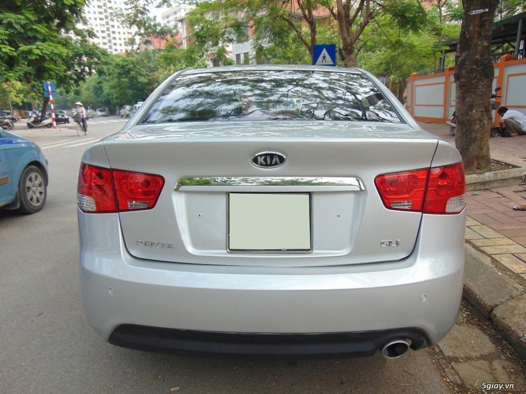 Cần bán chiếc xe Kia Forte Sli 2009 - 4
