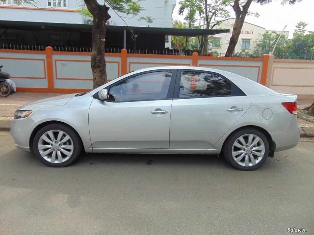 Cần bán chiếc xe Kia Forte Sli 2009 - 5