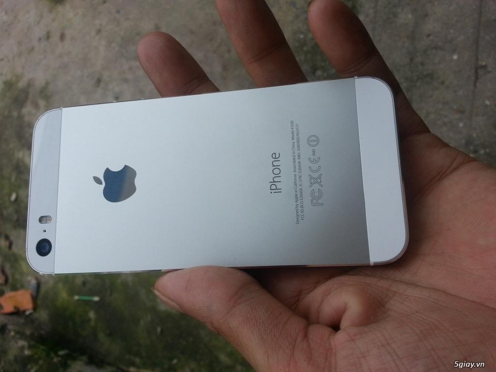 1cặp iphone 5s - 1
