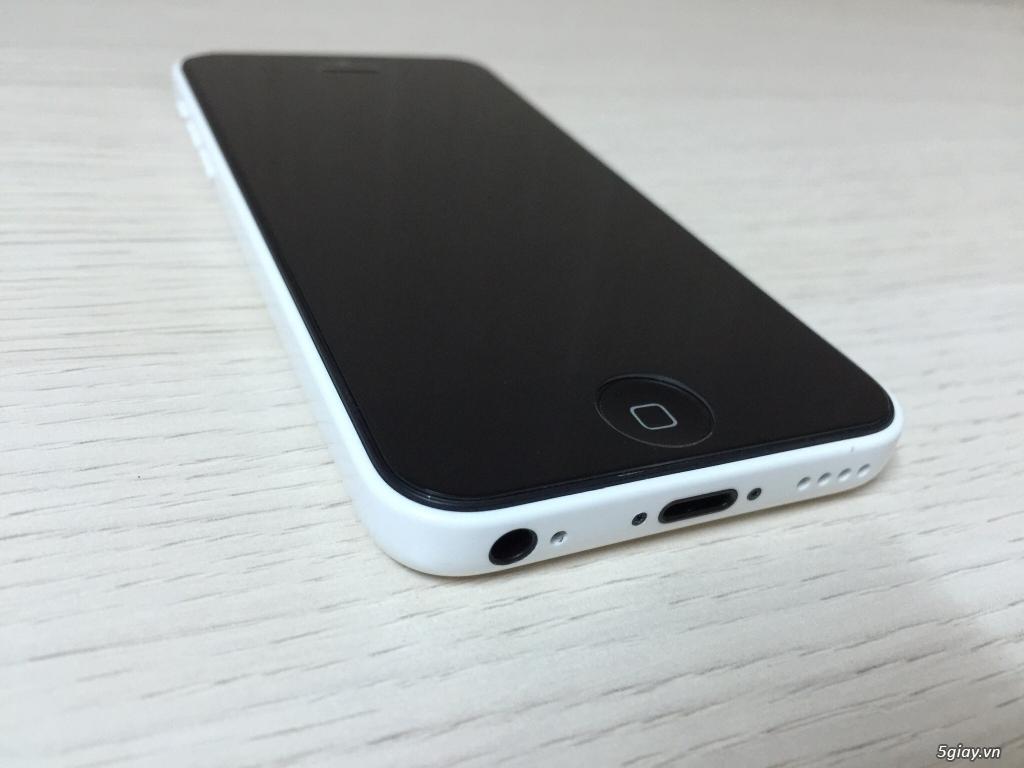 IPHONE 5c 32G White Lock Nhật NEW 99%  có Cydia xài như Quốc tế ..