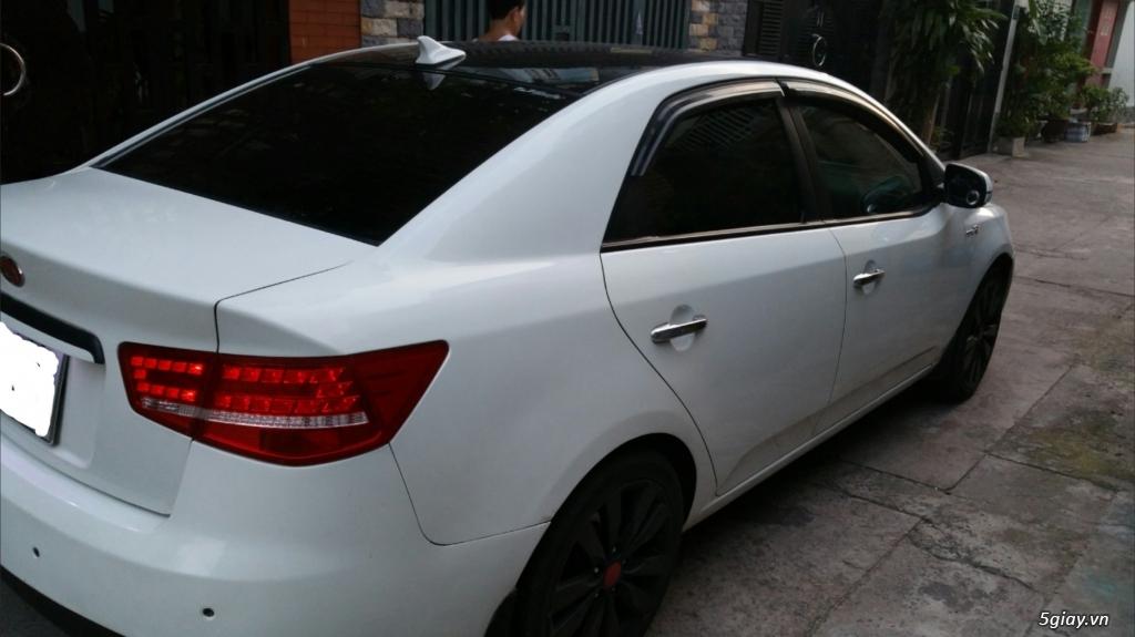 [HCM] Cần bán xe KIA Forte SX đăng ký 2012, 27k km, màu trắng.
