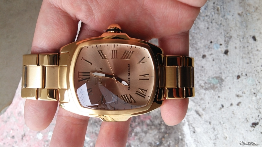 [ĐÔN GIÁ]Đồng hồ hiệu INVICTA gold sang chảnh cho Men.kết thúc lúc 23g59' ngày 23/10/2015 - 2