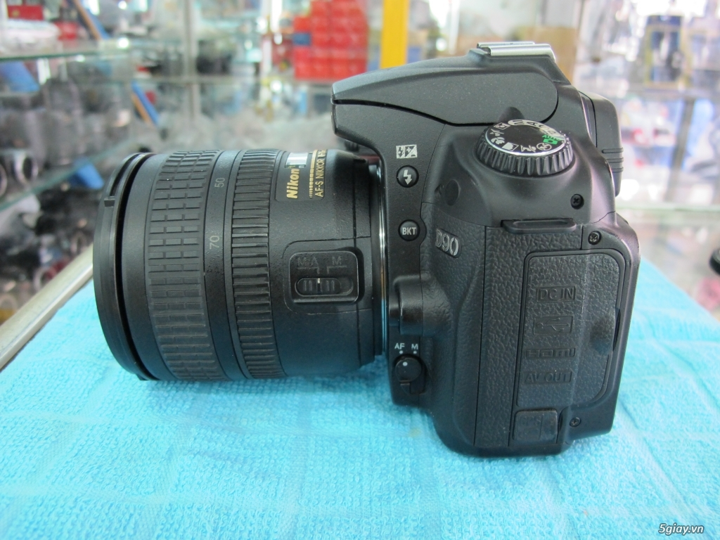 Nikon D90 hàng xách tay từ mỹ, ngoại hình mới 95%. 8,6k shot - 10
