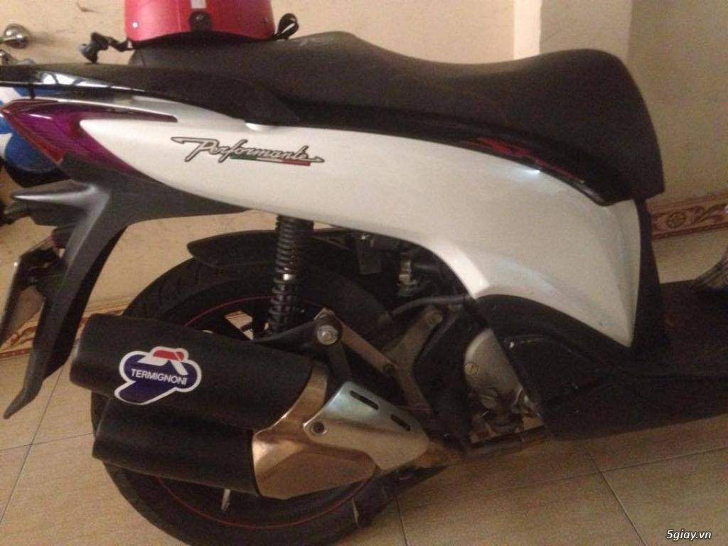 Cần ra đi cây pô Ducati Monster 1200 2015