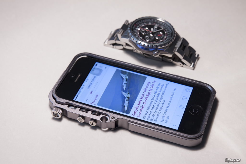 Viền kim loại iPhone 5 5s cực chất - mới 100%