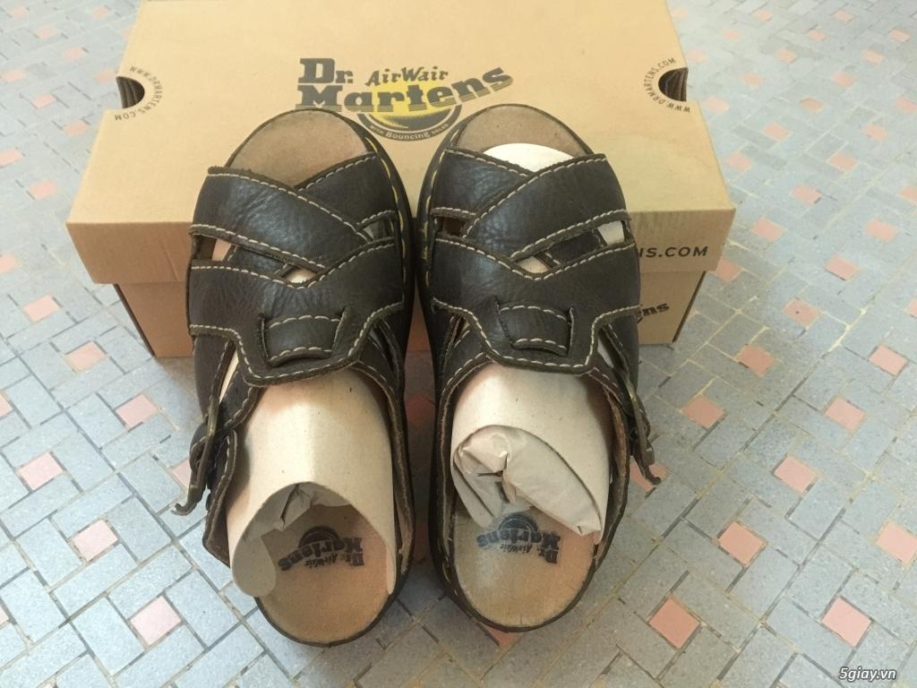 Bán vài đôi dép Dr Martens chính hãng Hoàng Phúc, mới 100% cho ai cần