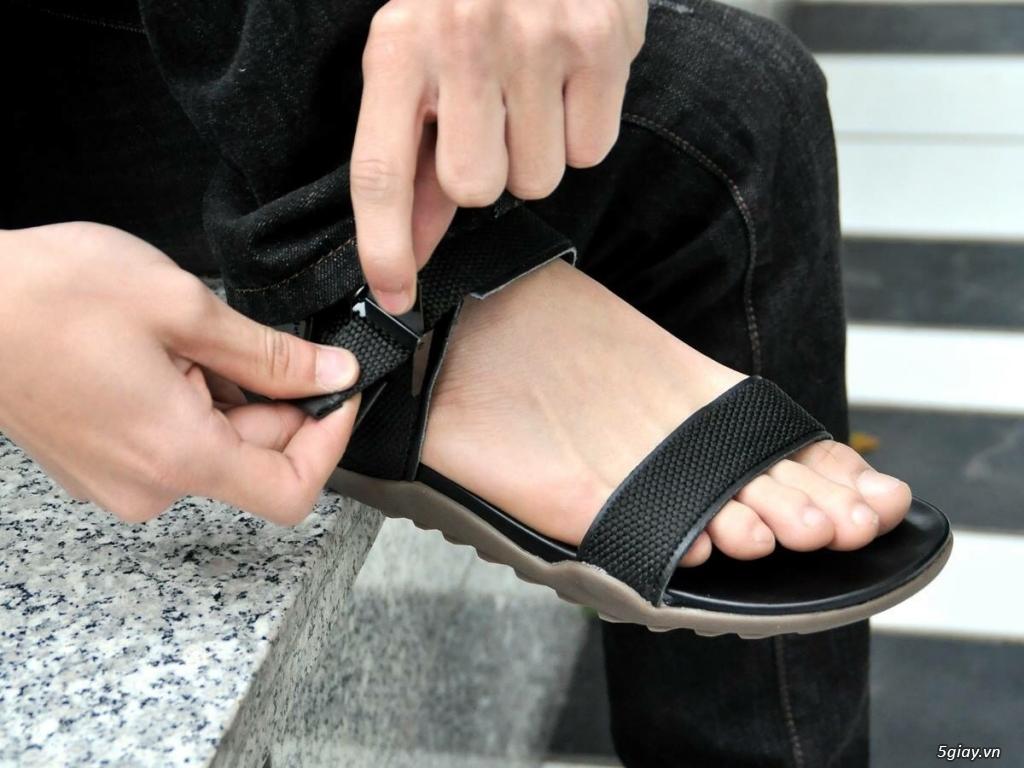 Sandal Dr Martens mẫu mã cực đẹp giá cực tốt ! Hàng bán rất chạy - 24