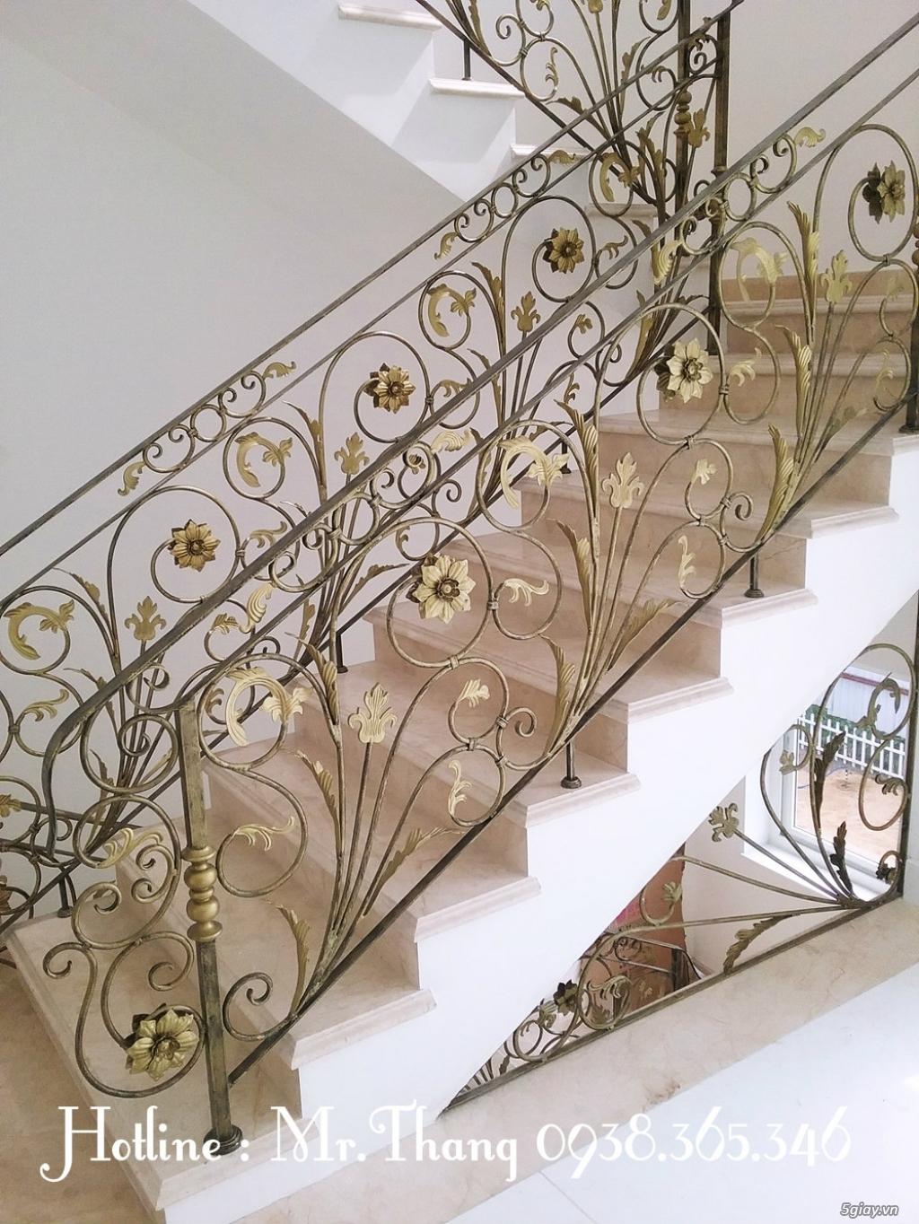 Cầu thang sắt mỹ thuật đẹp - 3