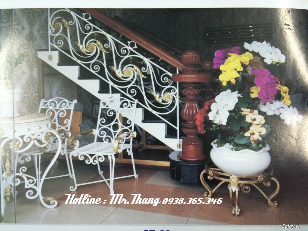 Cầu thang sắt mỹ thuật đẹp - 2