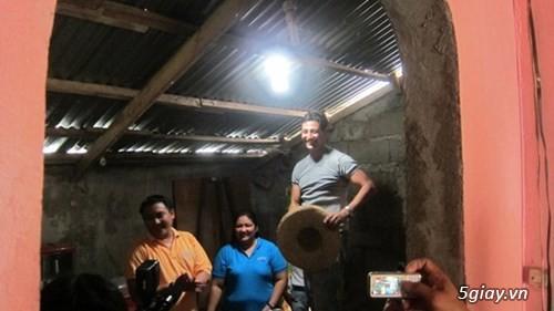 1 lít ánh sáng - cho bà con vùng sâu không có điện