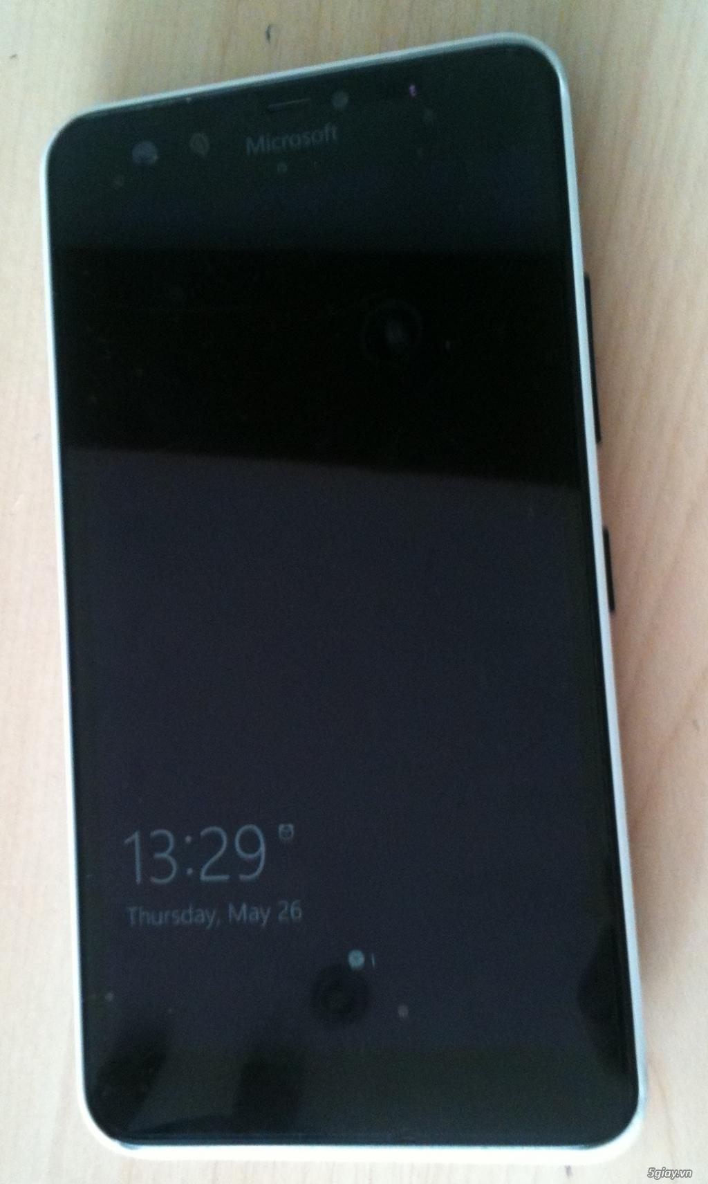 Lumia 640XL Ốp lưng gỗ 2,5 triệu