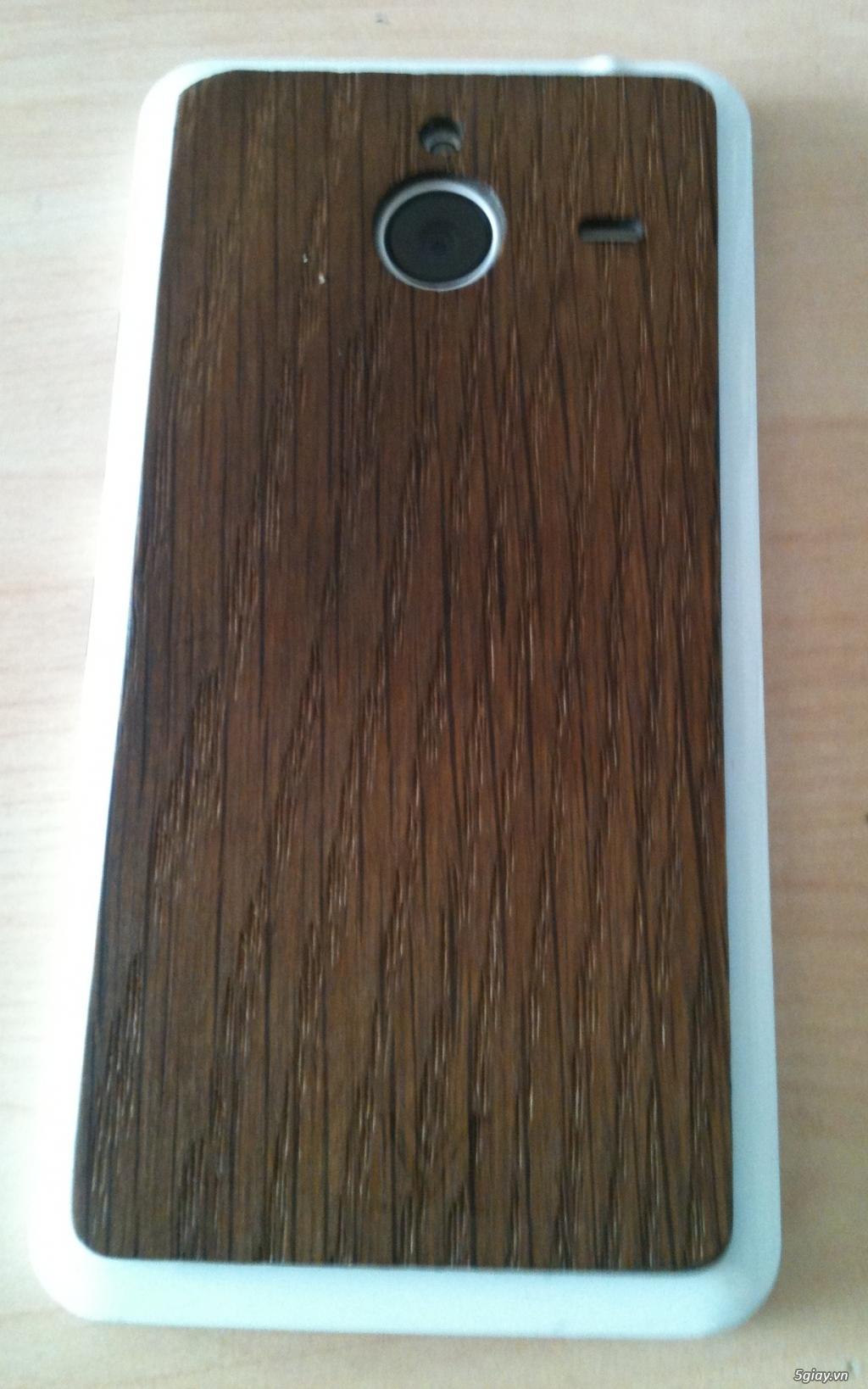 Lumia 640XL Ốp lưng gỗ 2,5 triệu - 2