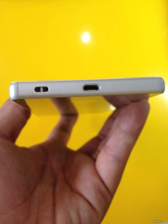 Tiễn em Sony Z5 Dual white(Trắng),Full box, BH hãng còn 9 tháng - 2