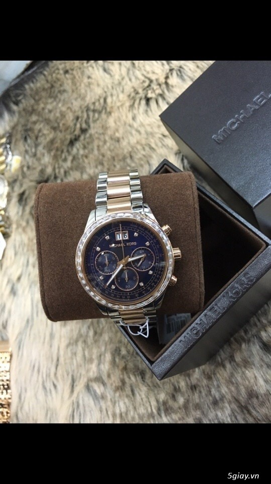 Đồng hồ chính hãng Michael Kors giá rẻ - 1