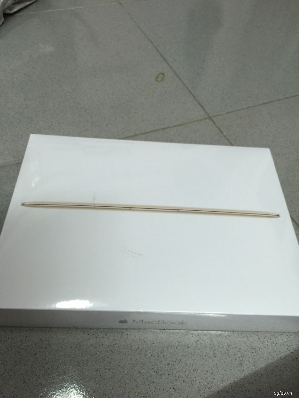 Macbook 12 gold brand new early 2016  mk4m2ll/a