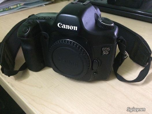 Canon 7D body, Canon 5D body only