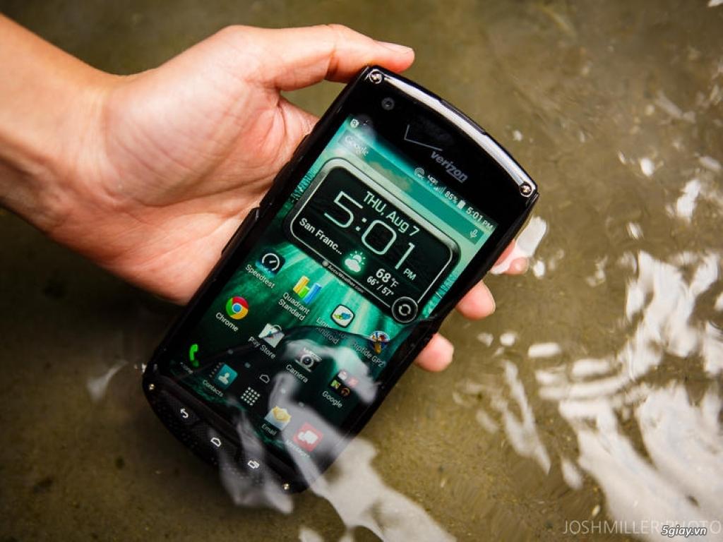 Điện thoại nồi đồng cối đá Kyocera giá cực sôc 2890k - 1