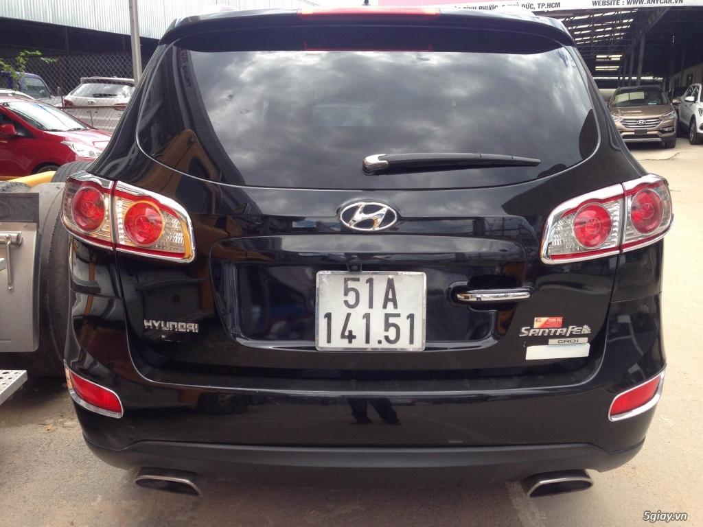 Bán Hyundai Santa Fe 2.0AT CRDi 2011 màu đen VIP biển Sài Gòn