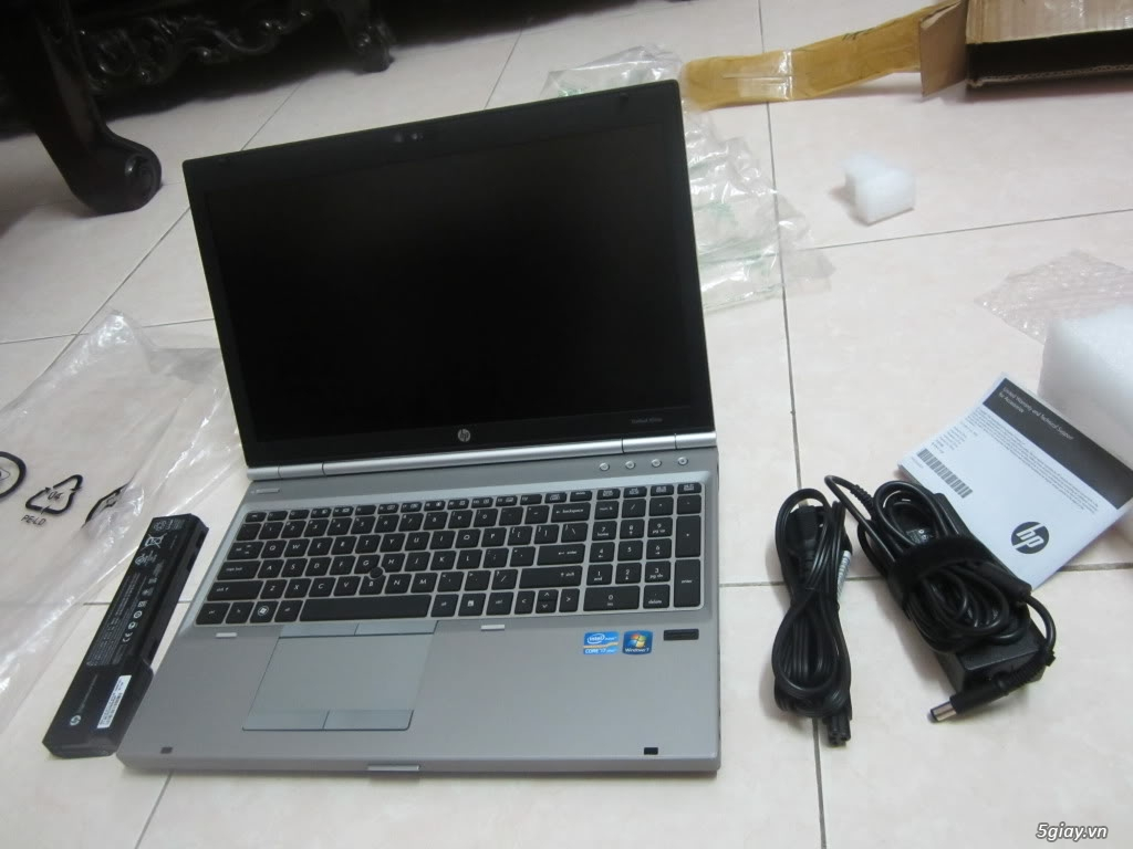 HP Elitebook 8460p core i5 ram 2GB, HDD 250GB - 2