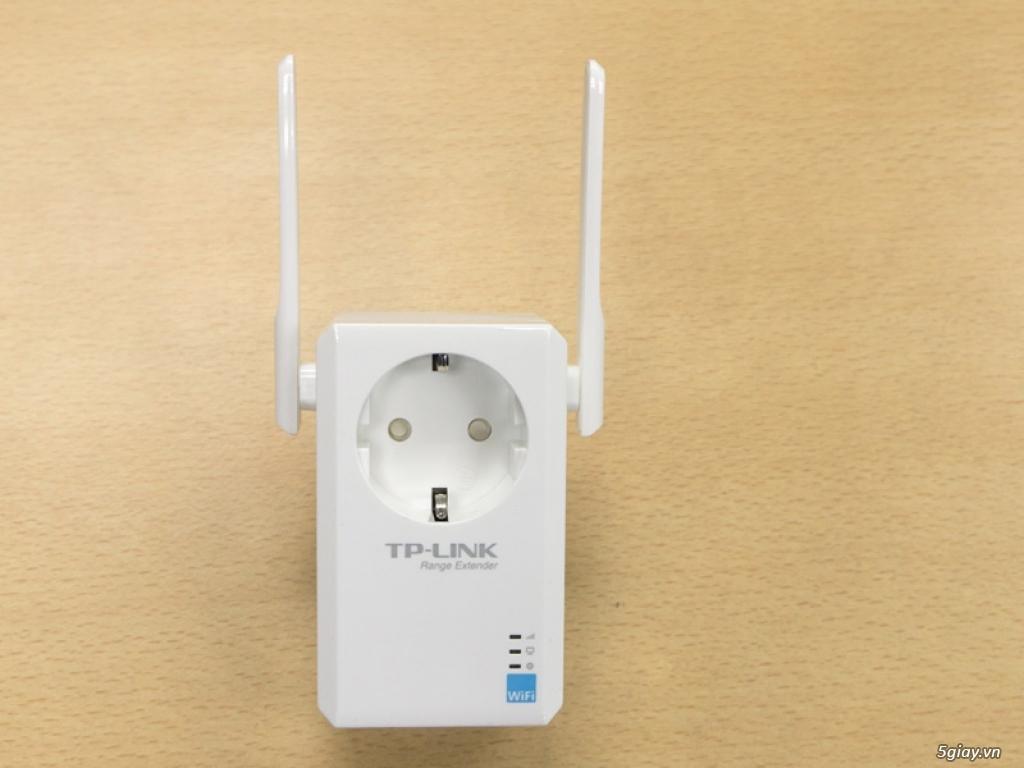 Mở hộp thiết bị mở rộng mạng WiFi TP-LINK TL-WA860RE - 133048