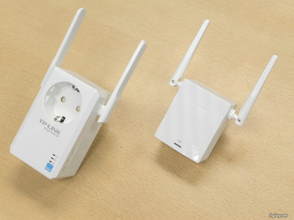 Mở hộp thiết bị mở rộng mạng WiFi TP-LINK TL-WA860RE - 133053