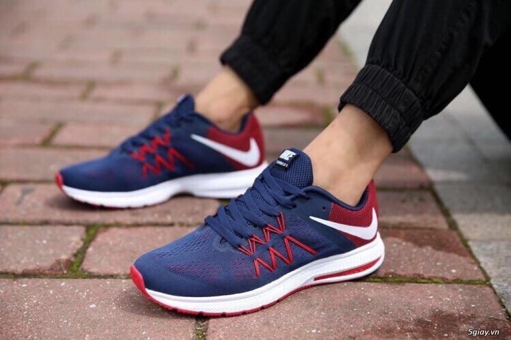 Chuyen bo si so luong giày the thao - 2