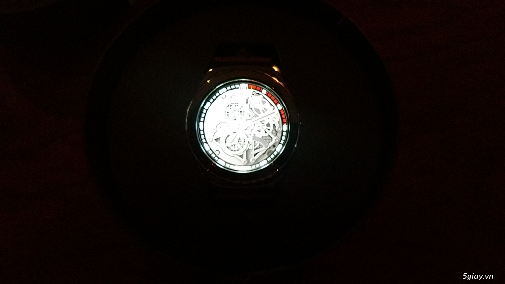 Cần bán gấp đồng hồ Gear S2 classic - 3