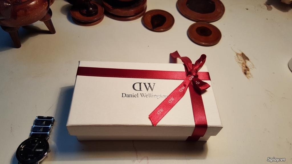Bán đồng hồ Daniel Wellington 100% (hàng chính hãng)