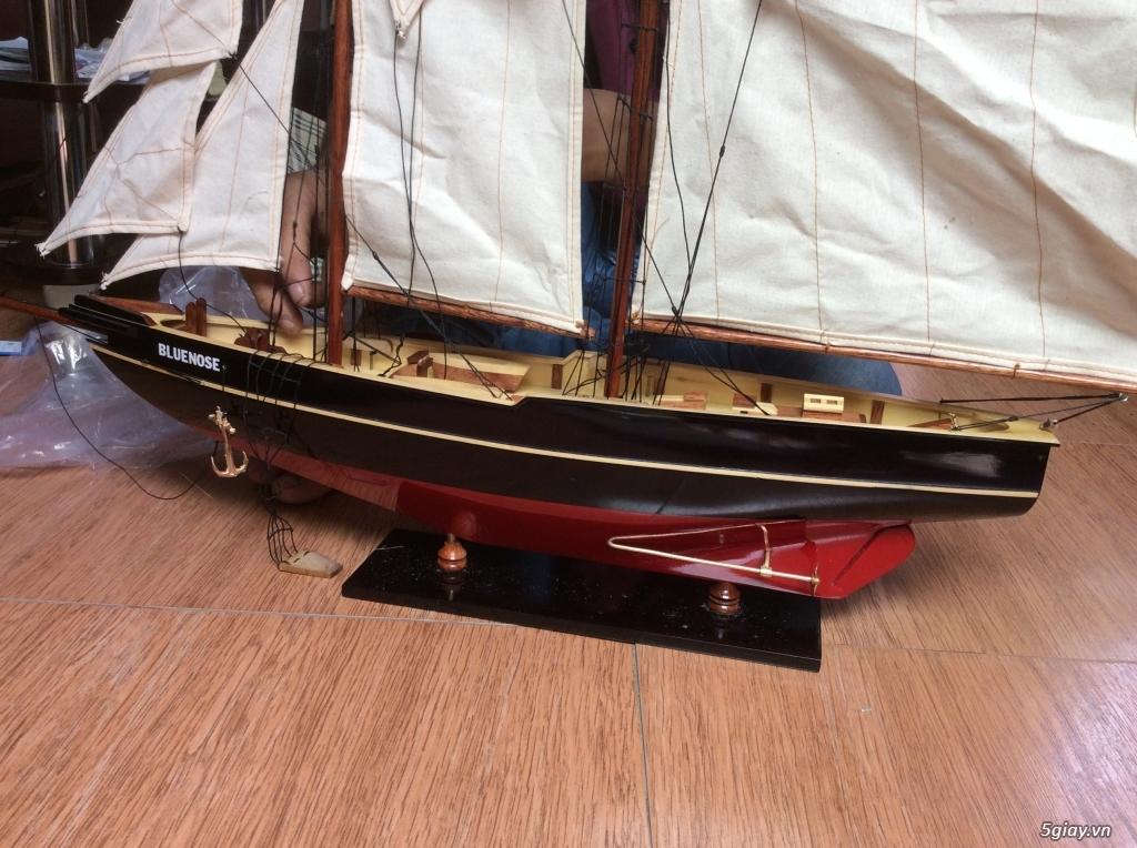 Thuyền buồm mô hình bằng gỗ : 1tr8