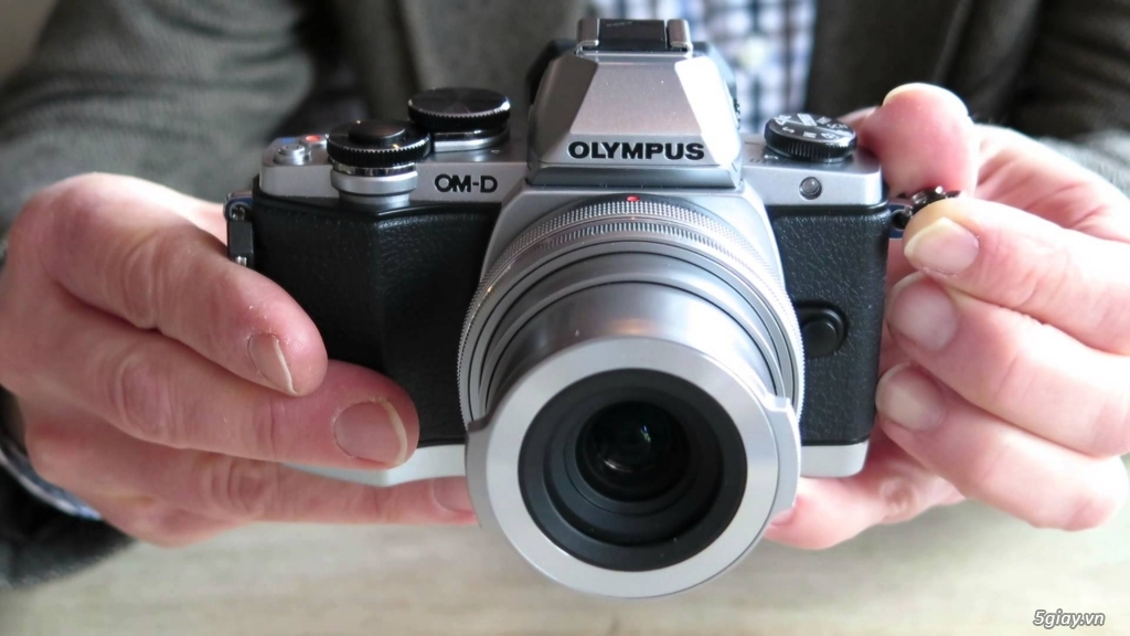 Máy ảnh Mirrorless Olympus OM-DE M10 xách tay Mỹ mới 99,99% - 1