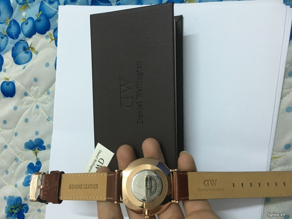 Hồ Chí Minh. Cần bán đồng hồ Daniel Wellington Rose Gold 40mm - 1