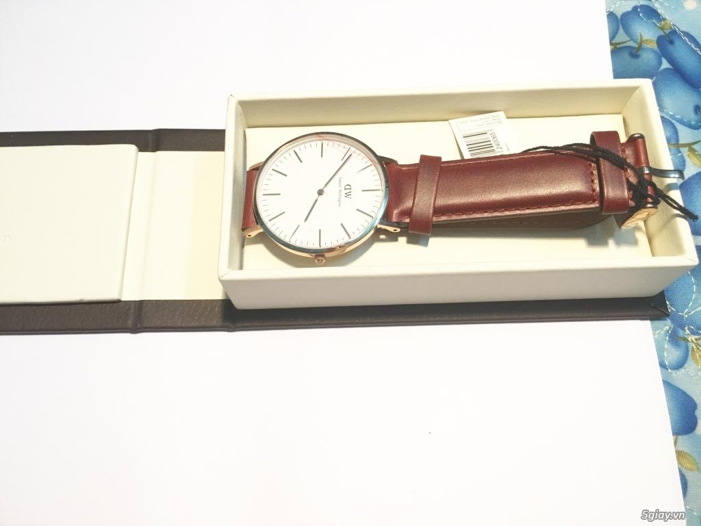 Hồ Chí Minh. Cần bán đồng hồ Daniel Wellington Rose Gold 40mm