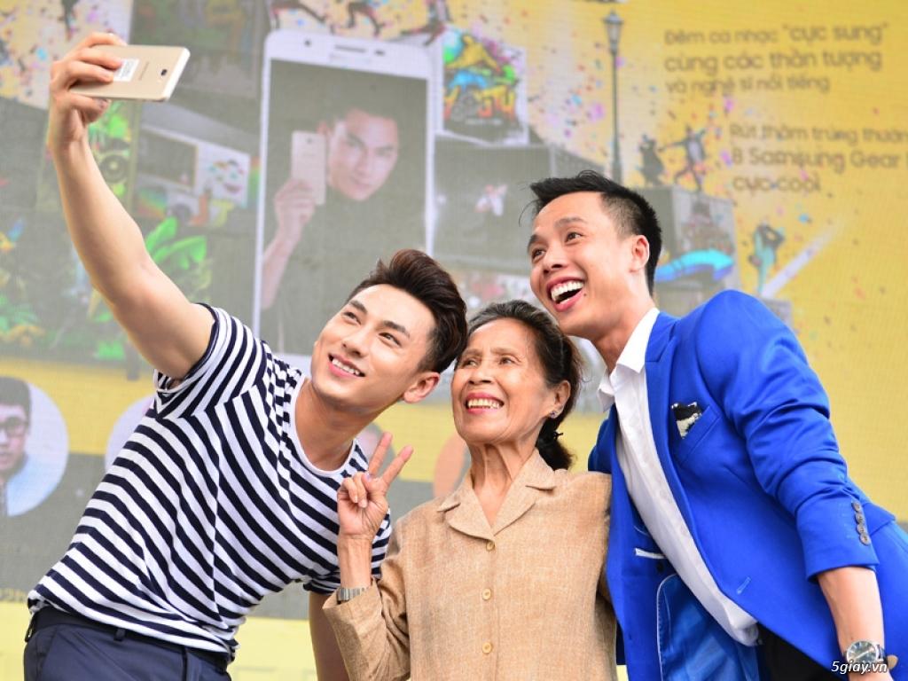 Thế giới di động trao Samsung J7 cho khách hàng bằng lễ hội Selfie độc đáo