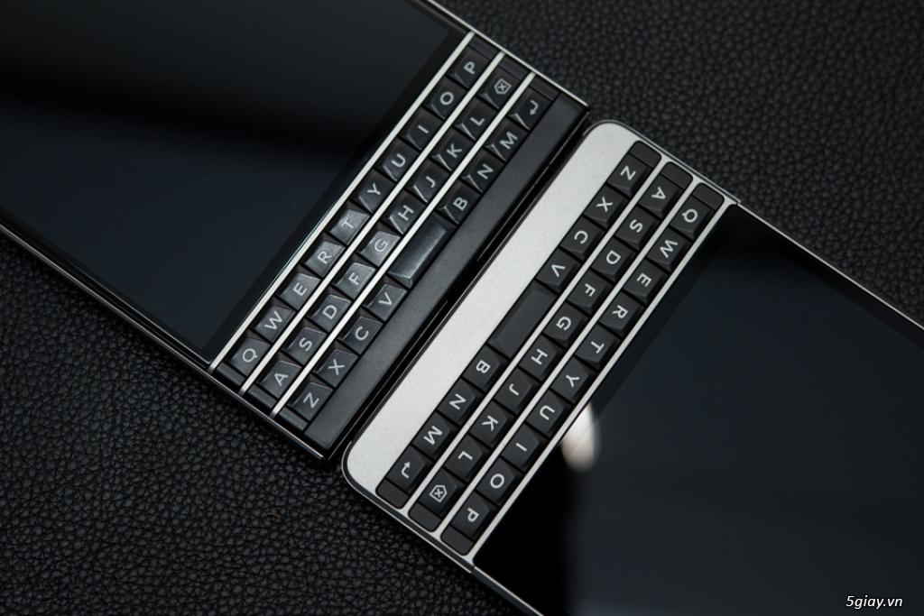 BlackBerry Passport Silver giảm giá đồng loạt tại DI ĐỘNG VIỆT ĐÀ NẴNG. - 23