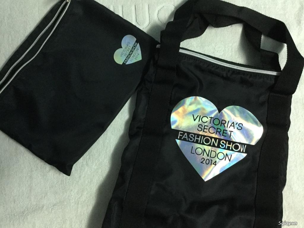 Túi xách du lịch Victoria secret london fashion show xách tay - 2