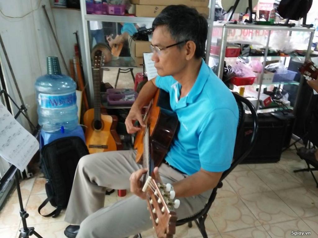 Nhận dạy kèm Guitar ở quận bảy